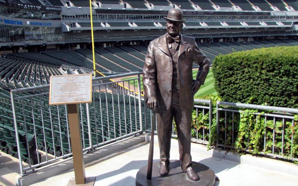 Guaranteed Rate Field Comiskey statue